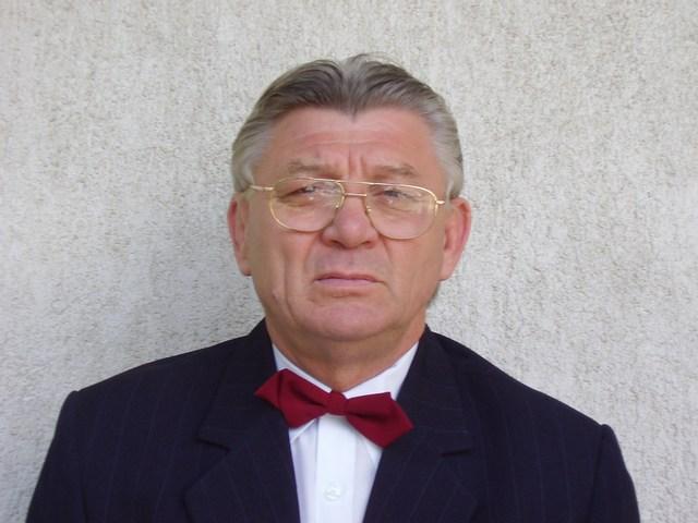 Bakos András